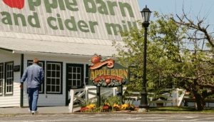 The sign for the Apple Barn in Sevierville TN.