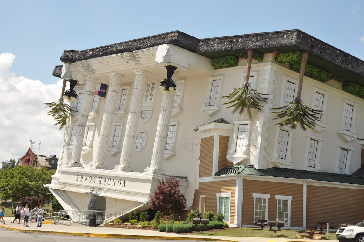 wonderworks exterior in pigeon forge